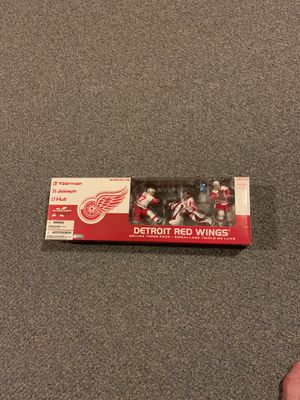Mcfarlane Detroit Red Wings 3 pack toy figure set for Sale in Edgewood, WA