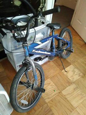 20 inch Schwinn trick bike for Sale in Glen Burnie, MD