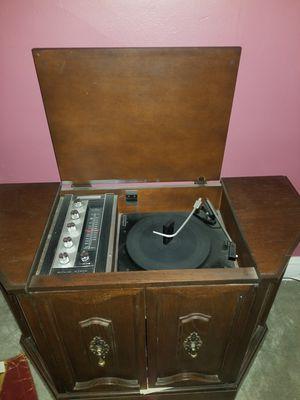 CLASSIC RECORD PLAYER! for Sale in Oak Park, IL