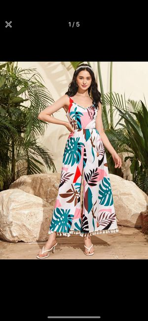 New jumpsuit for Sale in Annandale, VA