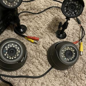 4 Camera Security System for Sale in Poinciana, FL