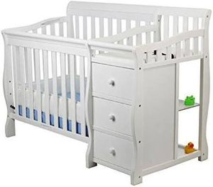 "DREAM ON ME ""Jayden"" 4 in 1 Mini Convertible Crib and Changer White for Sale in Mesa, AZ"