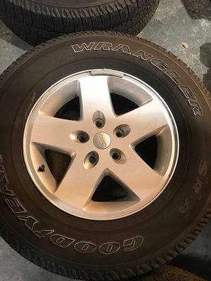 "Jeep JK Wrangler 17"" Wheels Rims and Tires OEM (Set of 5) 255/75r17 for Sale in Fort Lauderdale, FL"