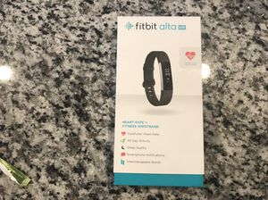 Brand New Fitbit alta HR Heart Rate + Fitness Wristband Black Small FB408SBKS for Sale in Apex, NC