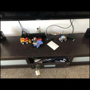 Tv Stand For 55 To 70+ Inch Tv for Sale in Trenton, NJ