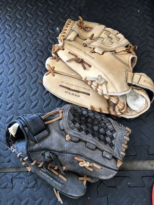 Baseball gloves for Sale in Chino Hills, CA