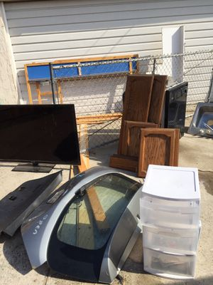 FREE STUFF ***must take all*** for Sale in Bellflower, CA