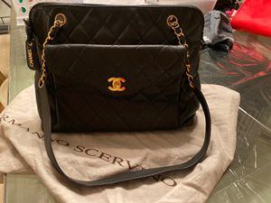 authentic chanel vintage bag 2,500 for Sale in Coral Gables, FL