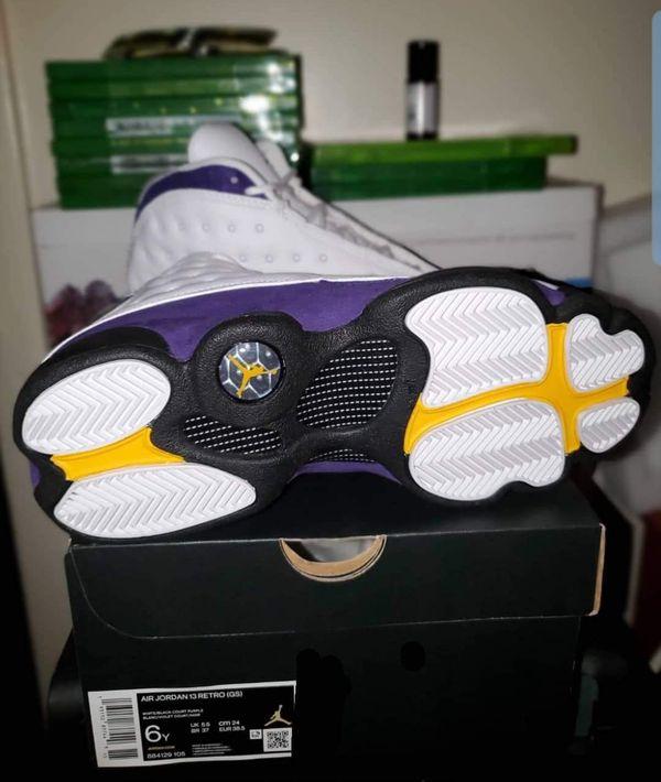 Air Jordan's retro 13s Lakers size 6
