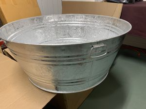 35 Gal. Hot Dipped Steel Round Tub for Sale in Walkertown, NC