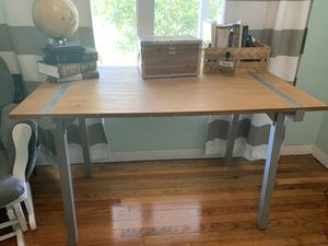 Small Wooden Table for Sale in Saint Petersburg, FL