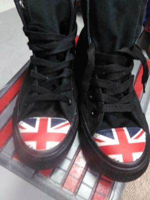 Converse All Stars black with union jack on toes for Sale in Phoenix, AZ