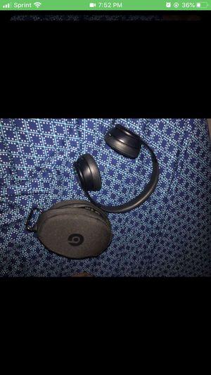 Beats studio headphones wireless for Sale in Kissimmee, FL