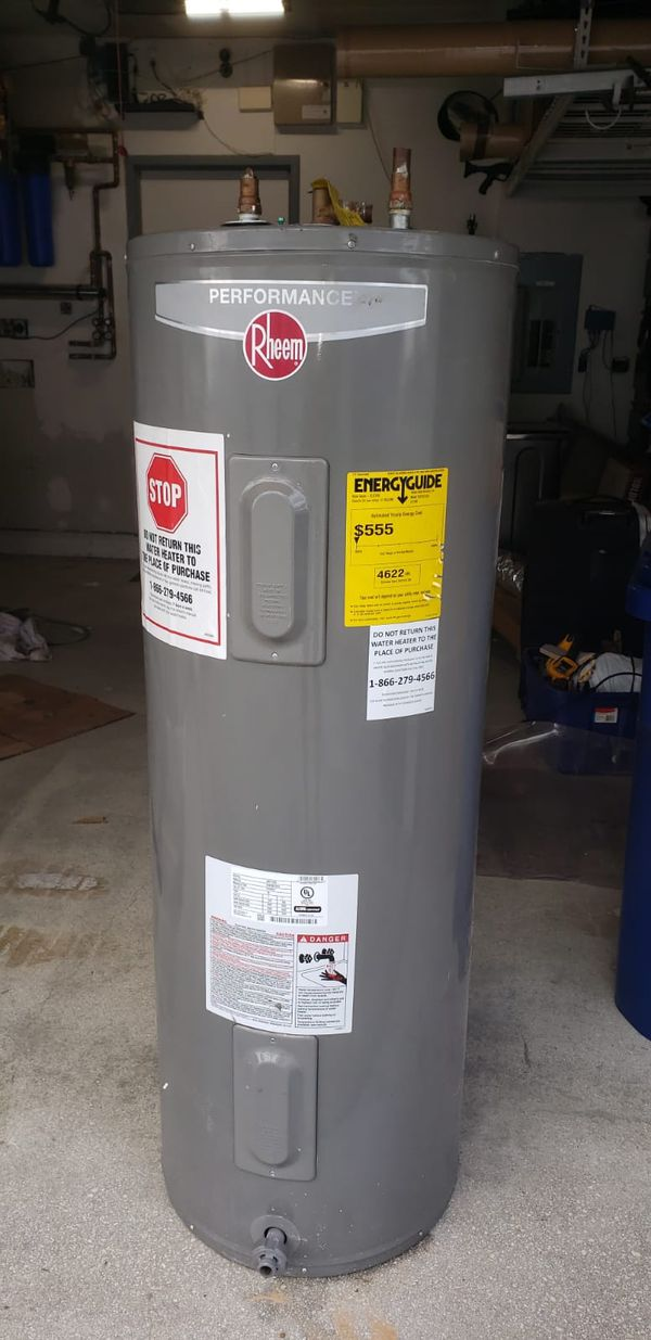 2017 50gal waterheater with 3 years warranty