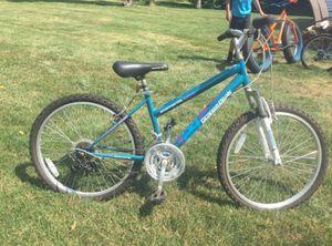 Road master grand peak mountain bike for Sale in Shelton, CT