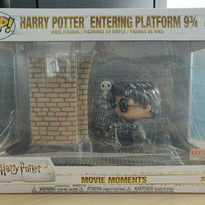 Funko POP! HP Harry Potter Entering Platform 9 3/4 for Sale in Buffalo Grove, IL