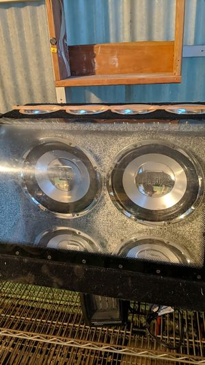 "Dual Subwoofer Cabinet, 10"" for Sale in Denver, CO"