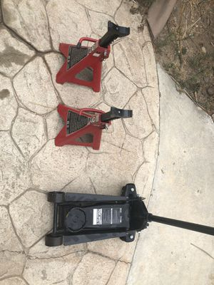Combo floor jack and jack stands for Sale in Etiwanda, CA