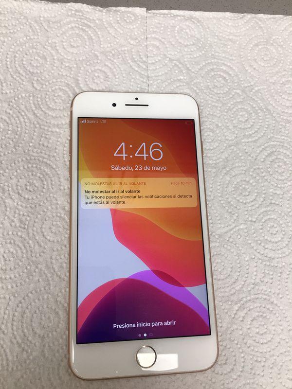 Phone 8 plus de 64 GB .Sprint y boos Movil