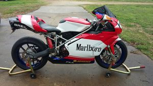 2004 DUCATI 999 SUPERB IKE IN EXCELLENT CONDITION for Sale in Moody, AL