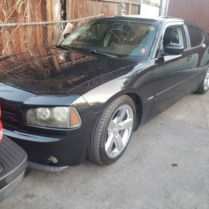 2007 dodge charger rt for Sale in Vernon, CA