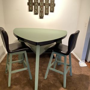 Triangle Table for Sale in McKinney, TX