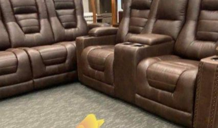 ♦️Reclining Living Room Set. Sofa And Loveseat. Delivery Available for Sale in Austin,  TX
