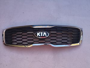 Kia sorento 2016 2017 2018 grille for Sale in Lawndale, CA