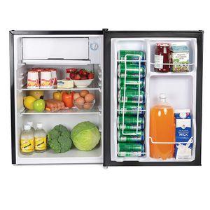 Igloo 3.2 cu.sq ft mini fridge for Sale in Los Angeles, CA