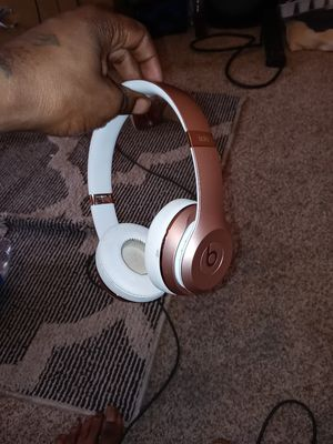Beats solo 3 trade for iPhone for Sale in Baltimore, MD