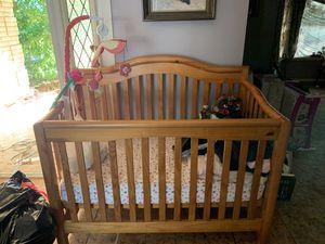 Baby Crib for Sale in Laredo, TX