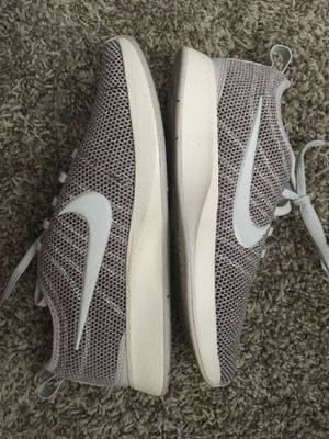 New nike running shoes size 6 women for Sale in Phoenix, AZ
