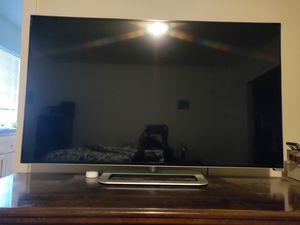 """37"""" Vizio smart TV for Sale in Redmond, OR"""