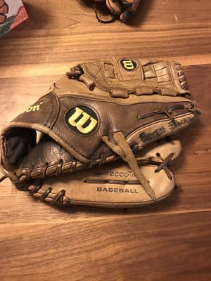 "Wilson baseball glove A1K 12"" for Sale in Evans, CO"