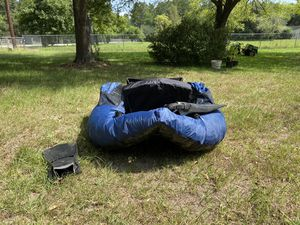 Inflatable boat great for fishing like new used once 180$ flippers included cash only for Sale in Porter, TX