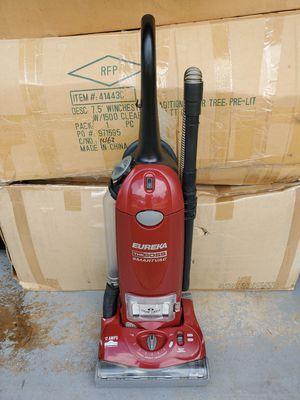 Eureka The Boss SmartVac Vacuum 12 Amps. Model 4870 for Sale in Duluth, GA