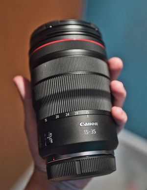 Canon RF 15-35mm f2.8 Lens for Sale in Issaquah, WA
