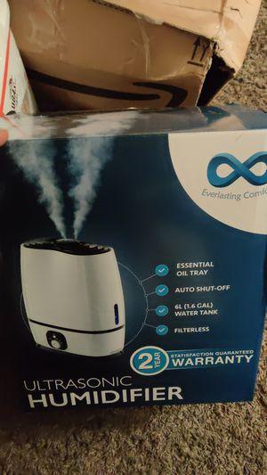 Ultrasonic air humidifier for Sale in San Bernardino, CA