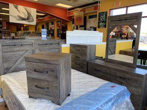New 5 Piece Glenridge Bedroom Set for Sale in Virginia Beach, VA