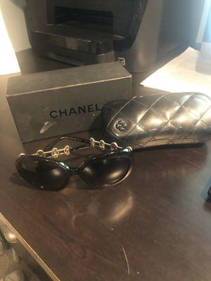 Chanel sunglasses for Sale in Everett, MA