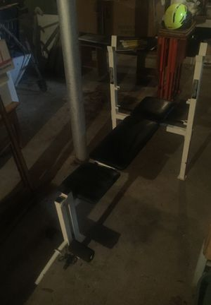 Bench press with barbells and weights for Sale in Atlanta, GA