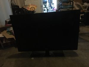 flat screen tv 32' inch for Sale in St. Louis, MO