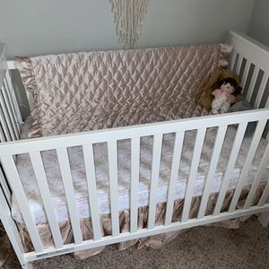 crib bedding set for Sale in Clermont, FL