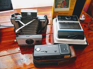 Lot of Antique Cameras from Polaroid 1965 (USA), Vivitar 1970 (Japan), Kodak 1976 (USA) for Sale in Hialeah, FL