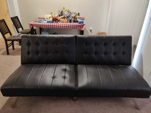 Like new Mainstays futon sofa - 2 months used for Sale in Cary, NC