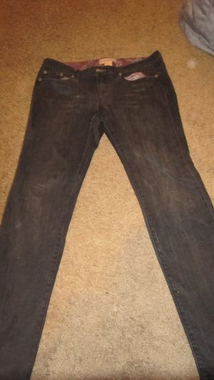 Candies Classic destroyed jeans size 7 for Sale in Atlanta, GA