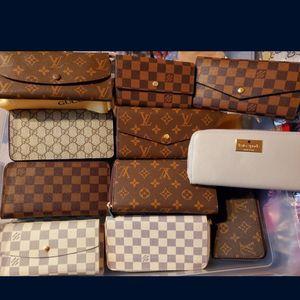 Ladies wallet for Sale in Beltsville, MD