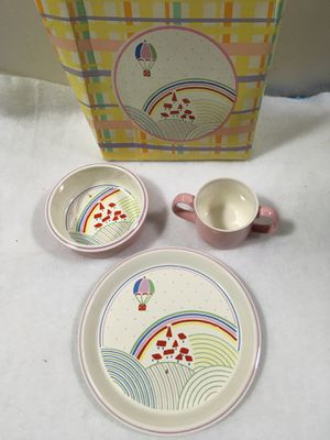 Mikasa toddler plate, bowl and cup set for Sale in Berwyn, IL