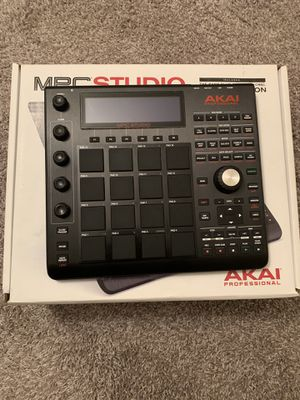 Akai professional MPC Studio (black) for Sale in Burnsville, MN