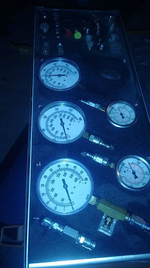 JT05470 tractor pressure test kit for Sale in Clovis, CA